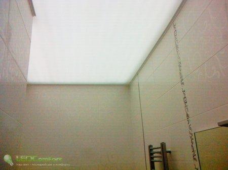 Общее освещение ванной комнаты с помощью светодиодной ленты