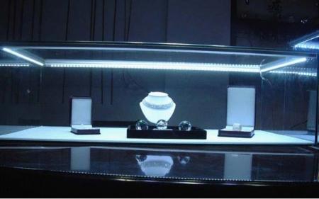 Применение светодиодов в освещении витрин ювелирных магазинов